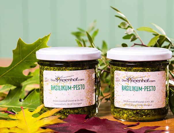 Selbstgemachtes Basilikum-Pesto