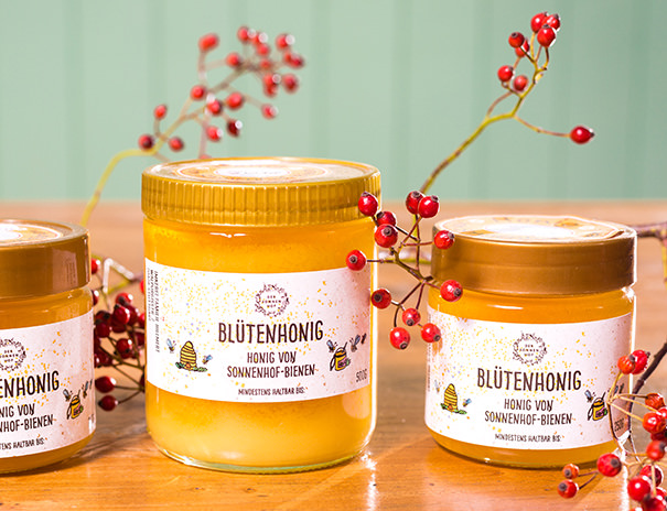 Honig von Sonnenhof-Bienen